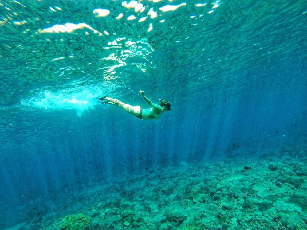 travel to nusa lembongan indonesia